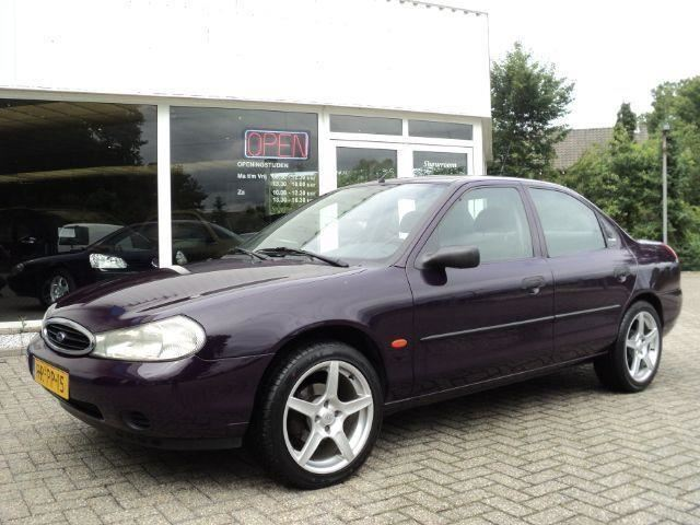 Ford Mondeo occasion - Autobedrijf Wil Leenhouts V.O.F.