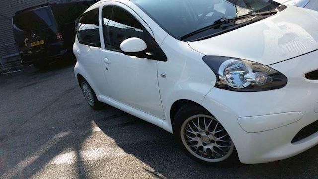 Toyota Aygo 1.0/AIRCO/Elektra pakket/Nw Apk/Garantie!!
