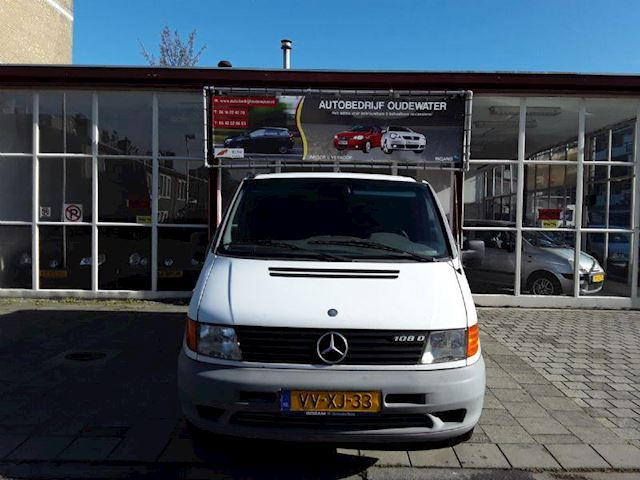 Mercedes-Benz 108 D occasion - Autobedrijf Oudewater