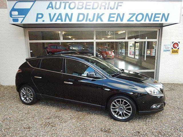 Lancia Delta occasion - Autobedrijf P. van Dijk en Zonen