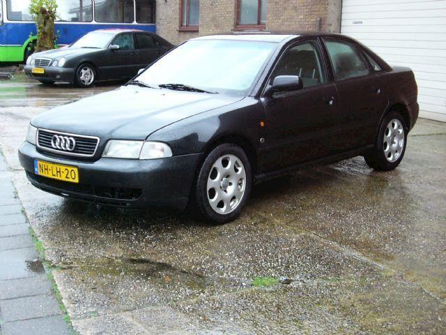 Audi A4 2.6 aut