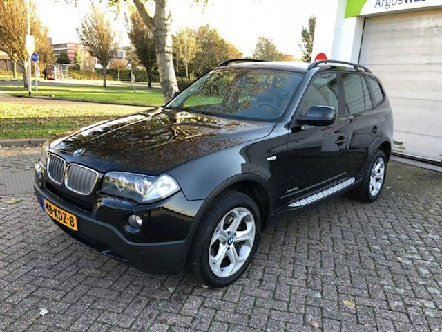 BMW X3 2.0i Panorama/Leder/Parkeersensor Climate-C/Cruise-c/Xenon/Navi/Stoelverwarming