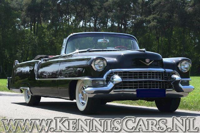 Cadillac 1955 serie 62 convertible benzine uit 1955 for Mobilia opening hours