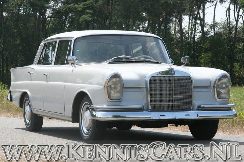 Mercedes-Benz 1962 220S Heckflosse Fintail occasion - KennisCars.nl