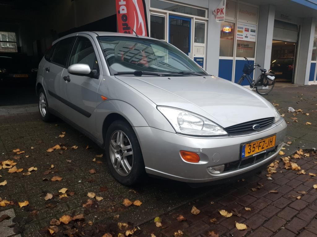 Ford Focus occasion - Car Shop Dh
