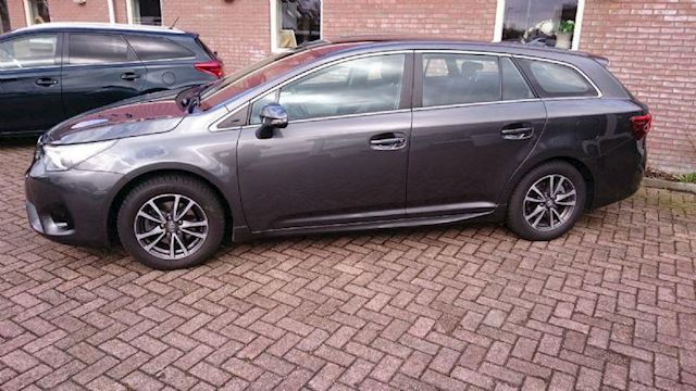 Toyota Avensis Touring Sports 1.6 D-4D-F Aspiration