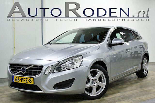 Volvo V60 D3 5-cylinder Momentum Automaat