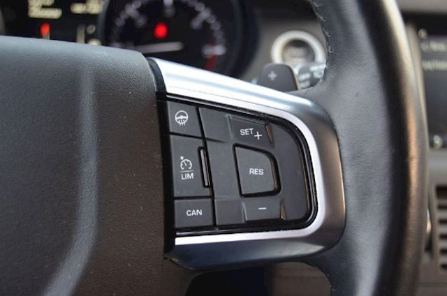 Land-Rover Discovery Sport occasion - Select Autocentrum