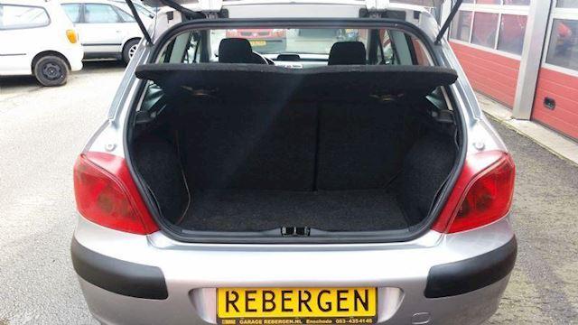 Peugeot 307 XR 1.6-16V
