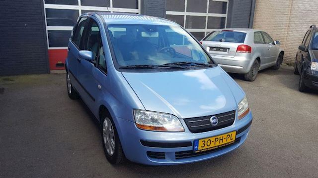 Fiat Idea 1.4-16V Emotion 5-DRS met Trekhaak