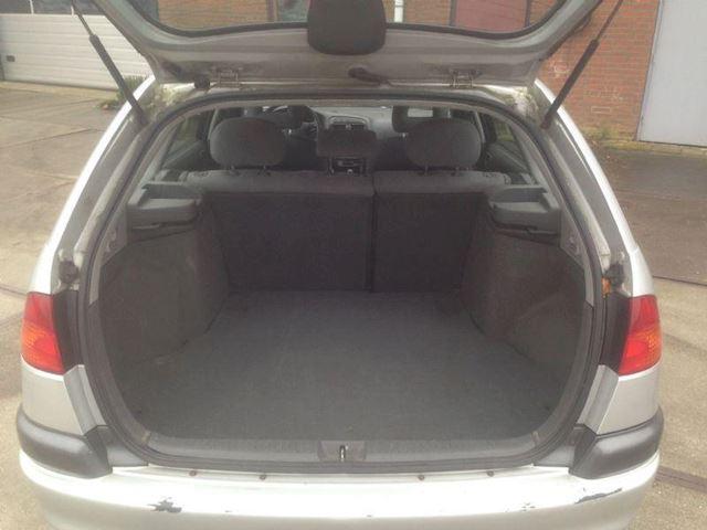 Toyota Avensis 1.8 SOL Wagon