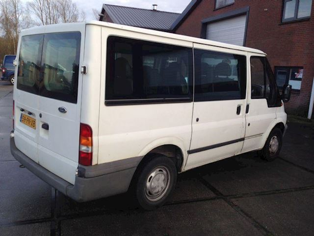 Ford Transit Tourneo 300S 9Pers GERESERVEERD