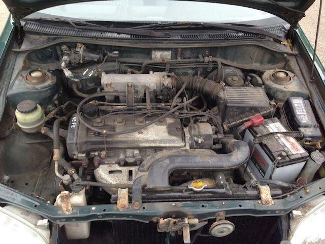 Toyota Starlet 1.3 XLI 5D GERESERVEERD!!!!