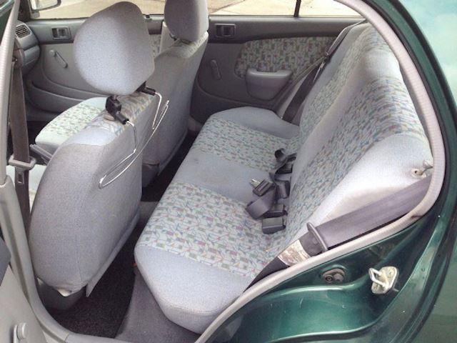 Toyota Starlet 1.3 XL 5Drs GERESERVEERD !!!