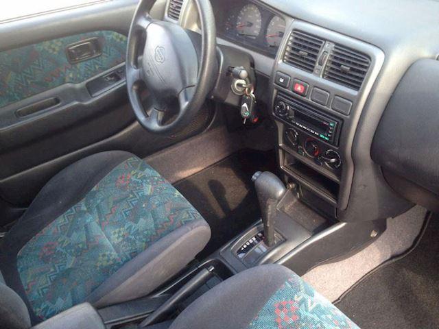Nissan Almera 1.6i LX Automaat GERESERVEERD !!!