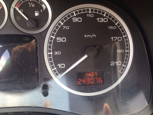 Peugeot 307 1.6 16V XS GERESERVEERD !!!