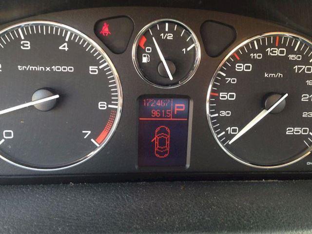 Peugeot 407 2.0 st aut GERESERVEERD !!!