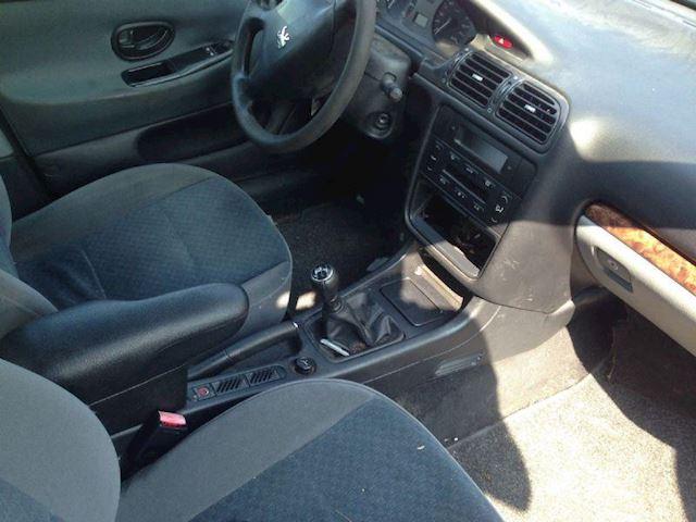 Peugeot 406 406 1.8 ST SDN G3 MOTOR DEFECT GERESERVEERD !!