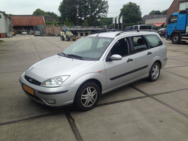 Ford Focus 1.6  16v Cool Edition Wagon GERESERVEERD !!!