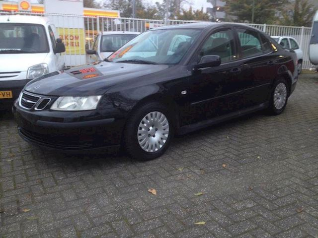 Saab 9-3 sport sedan Turbo 150PK nieuw model 2004