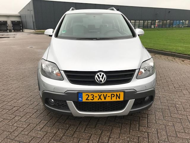 Volkswagen Golf 1.6 Cross