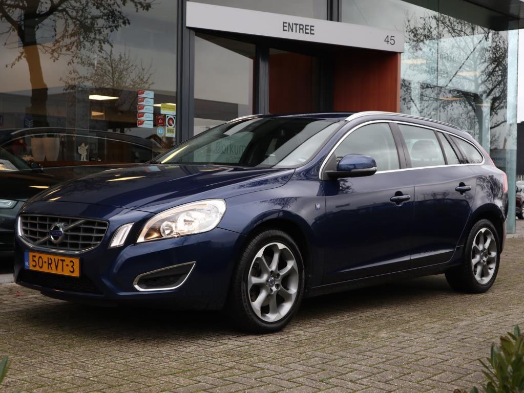 Volvo V60 occasion - Autobedrijf van Gorkum
