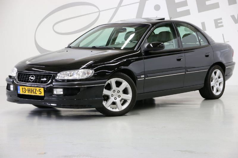Opel Omega occasion - Aeen Exclusieve Automobielen