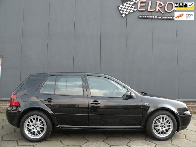 Volkswagen Golf 1.8-5V Turbo GTI