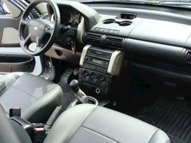 Land-Rover Freelander 2.0 TD4 HARDBACK VAN