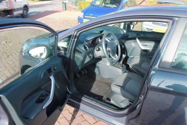 Ford Fiesta 1.25 Limited 5drs