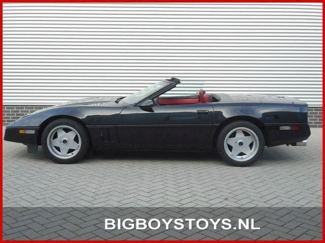 Chevrolet Corvette 5.7L V8 Convertible