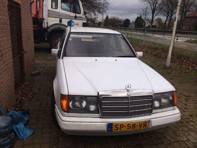 Mercedes-Benz 300D 300D
