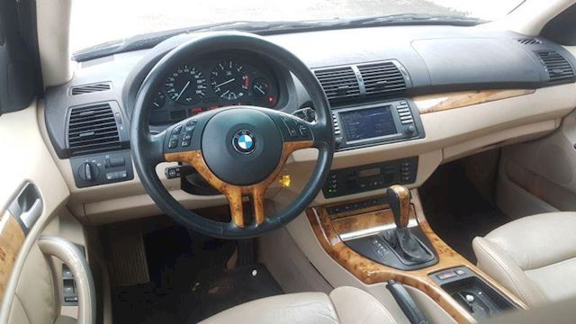 BMW X5 4.4i Executive
