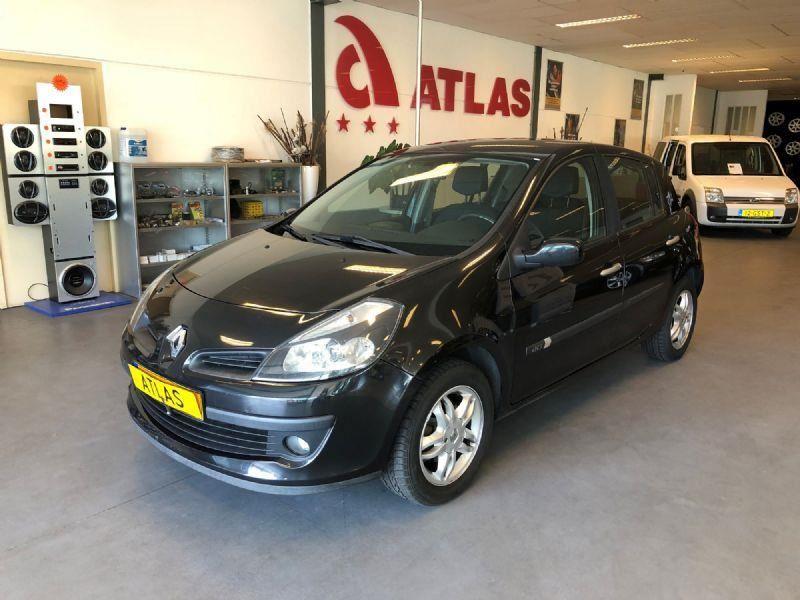 Renault Clio occasion - Atlas Garagebedrijf