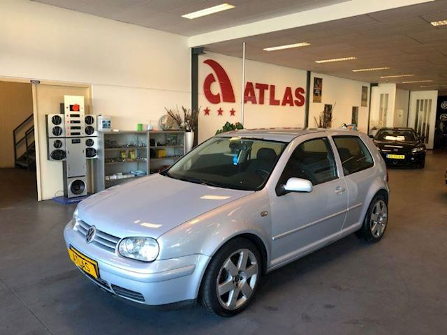 Volkswagen Golf 1.9 TDI 110 pk Highline