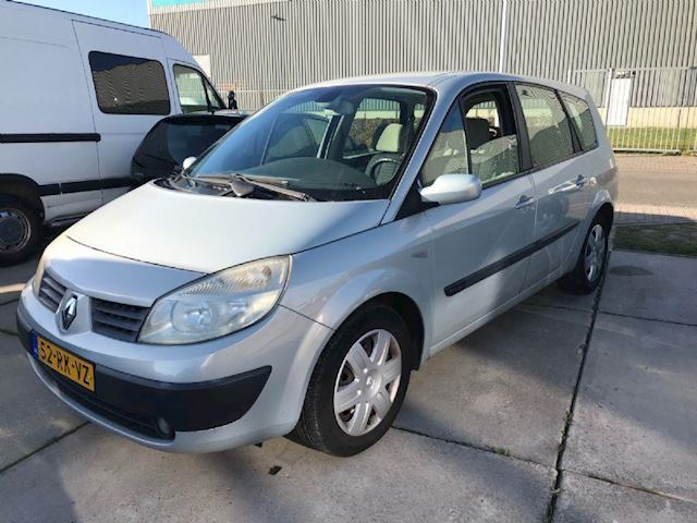Renault Grand Scénic 1.6-16V Dynamique Comfort 7-PERSOONS
