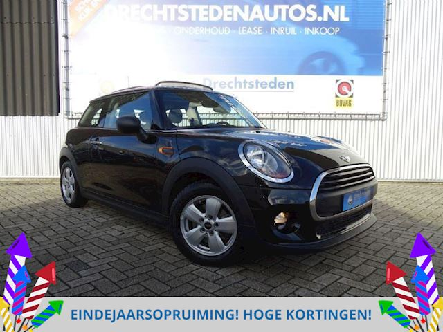 "Mini Cooper One 1.2 Panoramadak! Airco/Ecc! Stoelverw! 15""Inch! Bluetooth!"