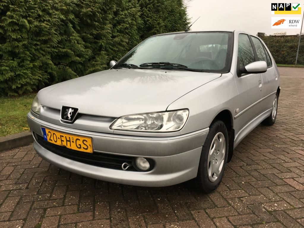 Peugeot 306 occasion - Goldenstone Cars