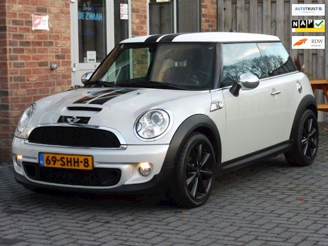 Mini Cooper S 1.6 184 PK CHILI, WIRED, LEDER, XENON, NAVI