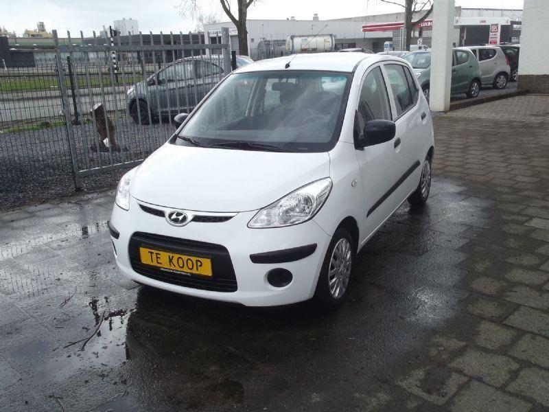 Hyundai i10 occasion - Urban Cars Maastricht