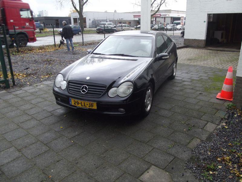 Mercedes-Benz C-klasse occasion - Urban Cars Maastricht