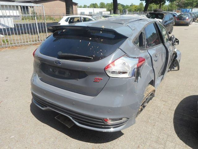 Ford Focus st 3  185ps  euro6