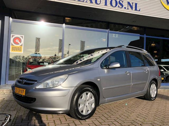 Peugeot 307 SW 1.6 16V 7Pers Panorama Trekhk Clima Cruise Nette staat!