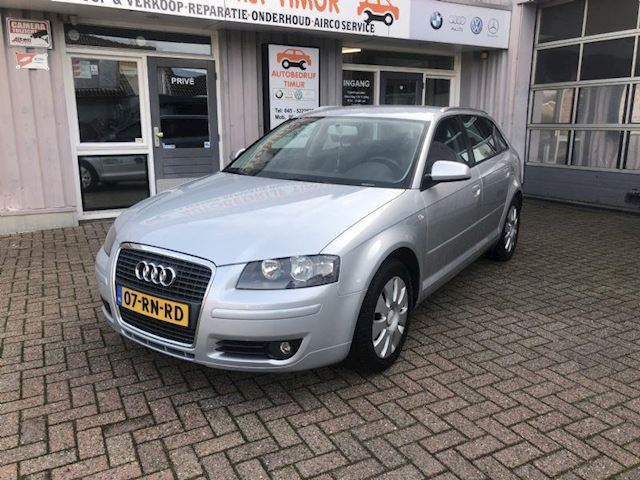 Audi A3 1.6 pro line attraction tt aut