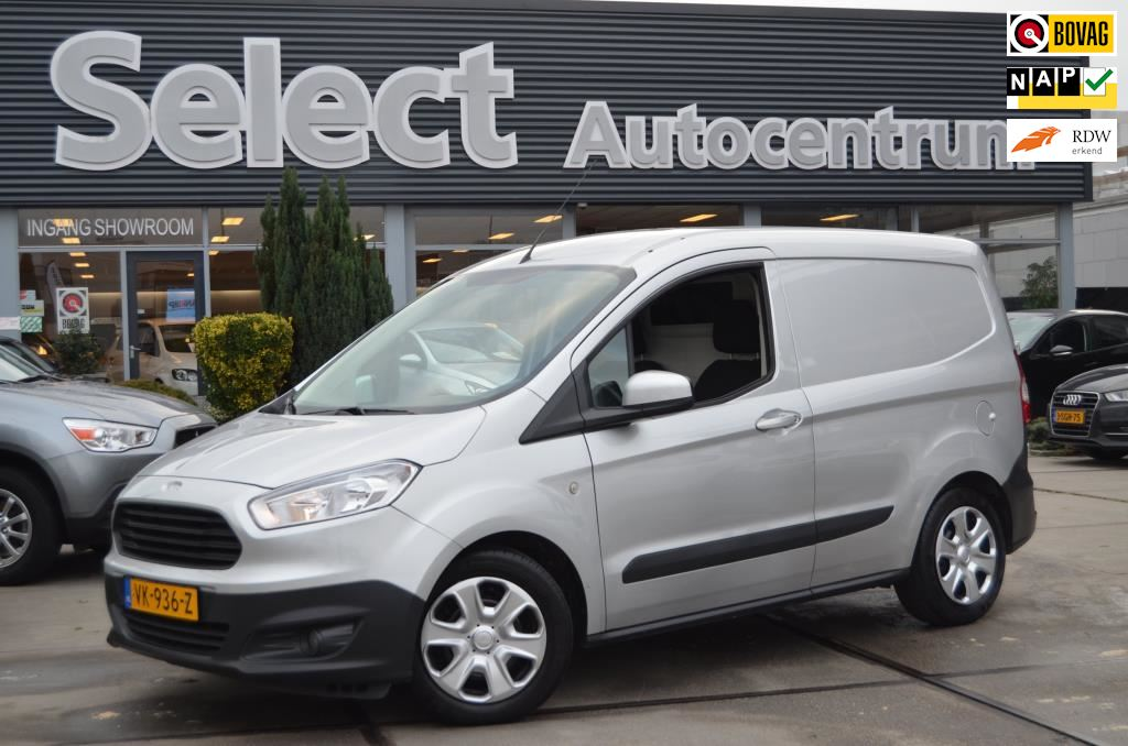 Ford Transit Courier occasion - Select Autocentrum