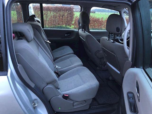 Renault Grand Espace 2.2 dCi Dynamique 7-persoons nieuwe APK