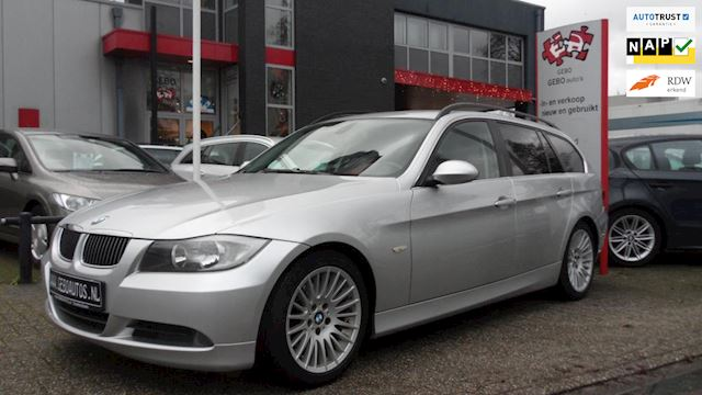 BMW 3-serie Touring 325i Executive Paasshow Clima Leder Stoelverw. 17 inch PDC