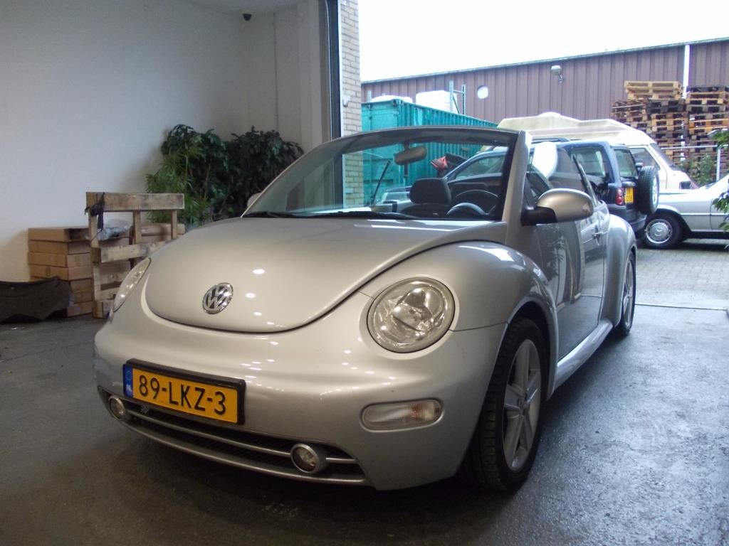 Volkswagen New Beetle Cabriolet occasion - Oskamp Occasions