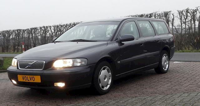 Volvo V70 occasion - Arnt Van Der Steen Handelsonderneming