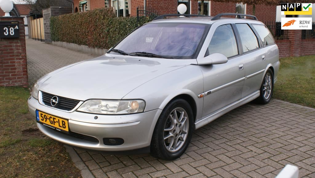 Opel Vectra Wagon occasion - Autoservice Wachtmeester